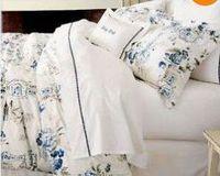 PB blue vase bedding